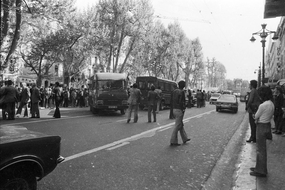 coll-vheloyan-manif-24avril1977-0028 - Year: 1977